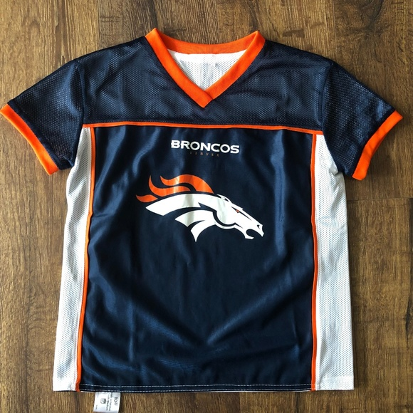 the latest b1048 5c5d3 Denver Broncos Jersey Reversible Youth M